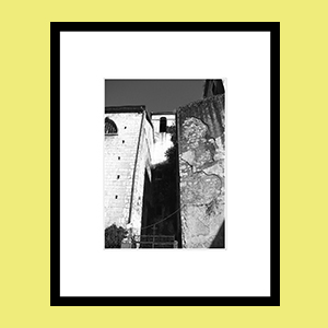 BW_Kotor_camWO_framed_gallery